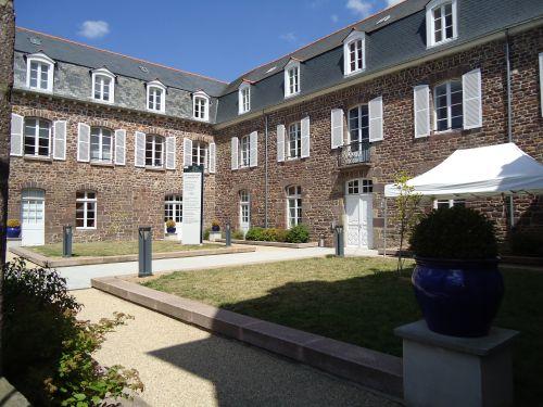 Hôtel Montfort Communauté
