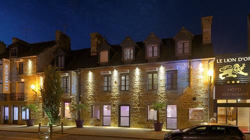 Hotel The Originals Fougères Ouest Le Lion d'Or