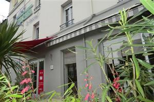 Hôtel Brit Hotel le Surcouf