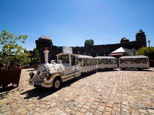 Le petit train touristique de Fougères