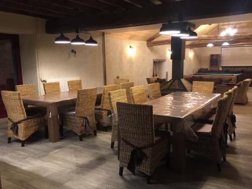 04 - Salle à manger - Gîte de Boudafay - GUEMENE PENFAO