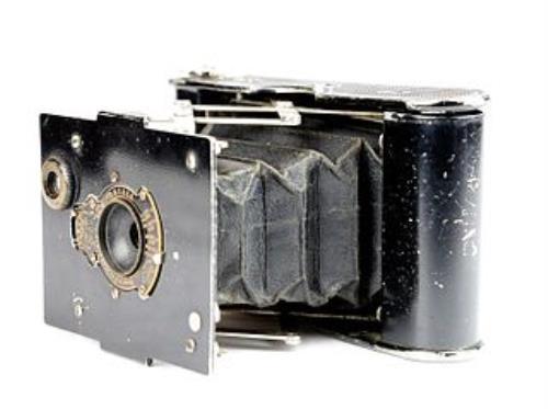 320px-Appareil_photo_Vest_Pocket_Autographic_Kodak_02