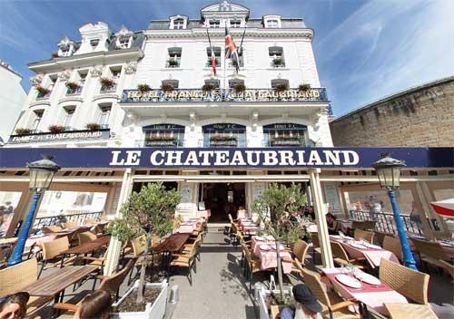 chateaubriand-terrasse-saint-malo