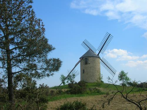 moulin-à-vent-butte-des-5-moulins